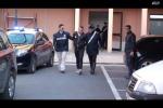 Accoltellano e rapinano tassista, fermati due romeni a Vittoria - Video