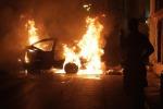 La manifestazione diventa guerriglia, ad Atene scontri e lancio di molotov