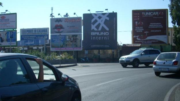 cartelloni pubblicitari, catania, comune, Catania, Politica