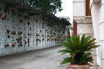 Esposto sul degrado al cimitero di Valguarnera