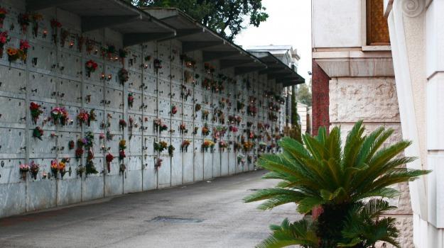 canicattì, Cimitero, Agrigento, Cronaca