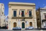Raid vandalico al municipio di Rosolini, rubato un pc