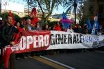 Sciopero Cgil e Uil, scontri a Torino e Milano - Le foto della Sicilia in piazza