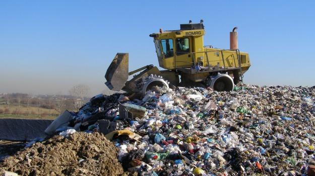 DISCARICA, rifiuti, Trapani, Economia