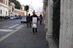 Vanta un credito da un milione e la sua impresa fallisce: in sciopero della fame a Roma
