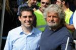 """M5S, Grillo risponde ai """"dissidenti"""": """"Sono più vivo che mai"""" - Il video"""
