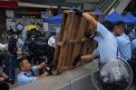 A Hong Kong torna la normalità, esultano i media di Pechino