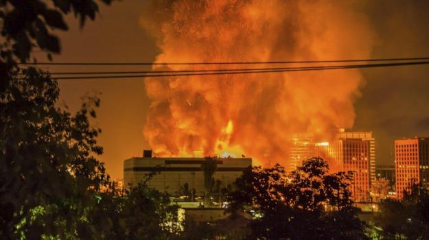 incendio, Los Angeles, Stati Uniti, Sicilia, Mondo