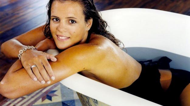 disneyland, furto, nuoto, Laure Manaudou, Sicilia, Sport