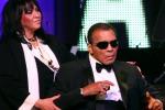 Muhammad Ali ricoverato in ospedale: l'ex pugile colpito da una polmonite