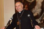 """Il cardinale Montenegro: """"Ci si commuove per gli animali ma non per i migranti e i poveri"""""""