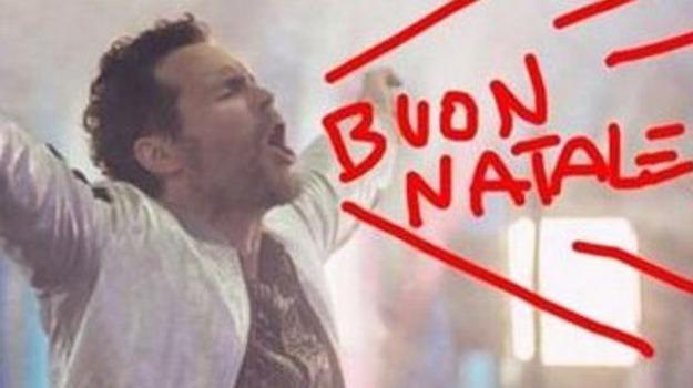 auguri natale, social network, vip, Arisa, Biagio Antonacci, Emma Marrone, Jovanotti, Laura Pausini, Sicilia, Società
