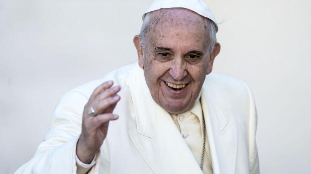 calunnia, disinformazione, media, Papa Francesco, Sicilia, La chiesa di Francesco, Mondo