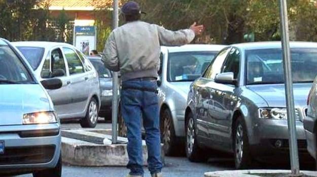 multa, posteggiatore abusivo, Caltanissetta, Cronaca