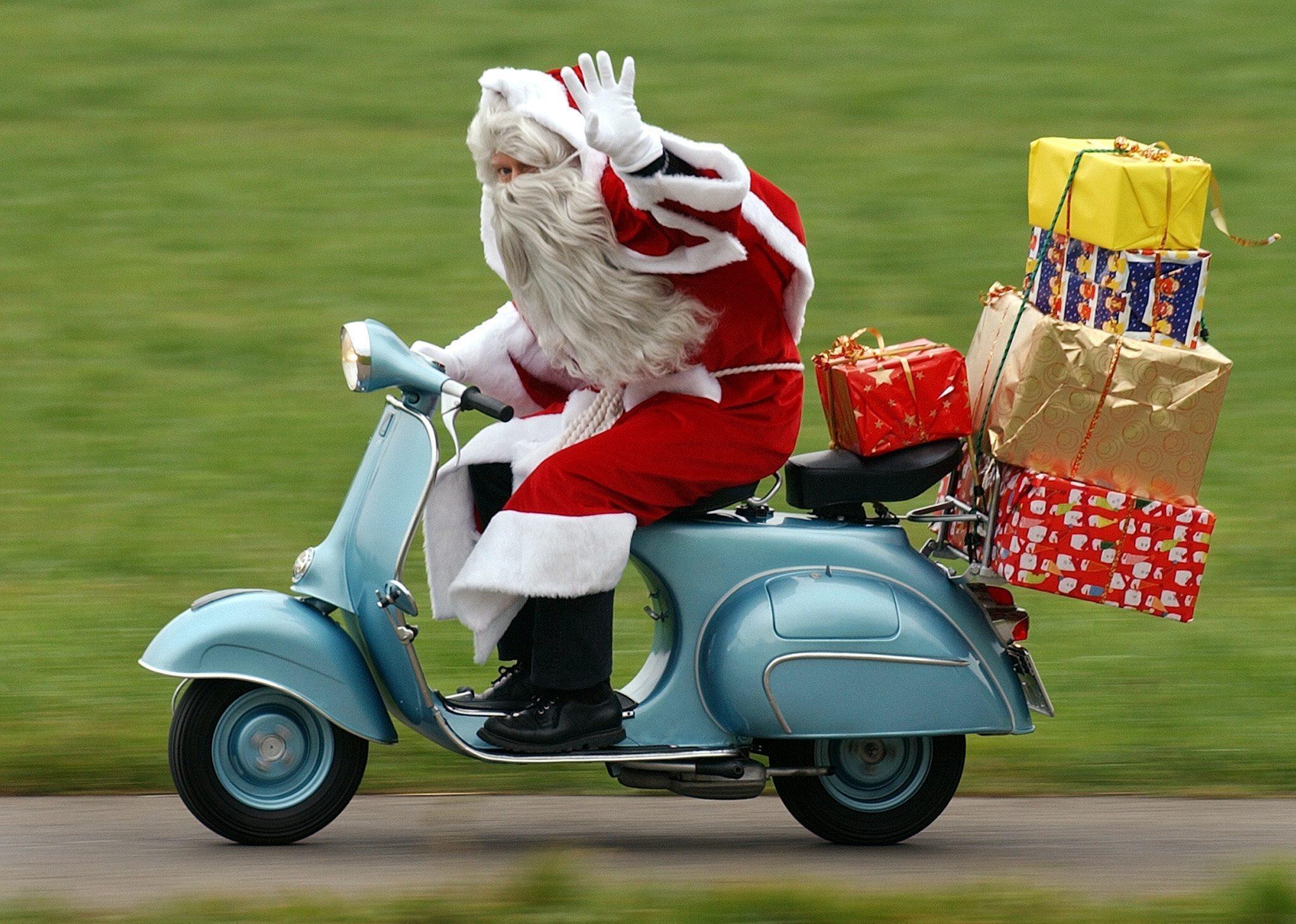 Regali di Natale: alimentari al top, giù gli smartphone - Giornale