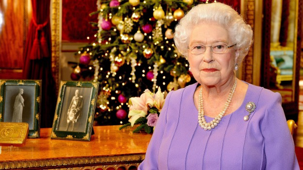 ebola, messaggio natale, regina inghilterra, Regina Elisabetta, Sicilia, Mondo