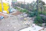 Rifiuti ingombranti abbandonati per le strade di Palermo, ma il servizio per il ritiro è attivo