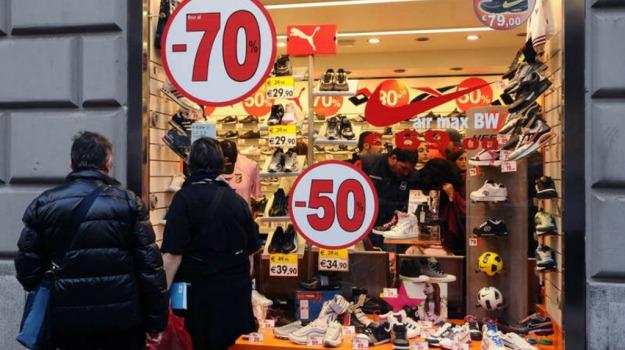 acquisti, commercio, negozi, Saldi, shopping, Sicilia, Economia