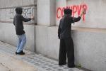 Scritte sui muri e soste selvagge a Palermo, «gesti incivili»