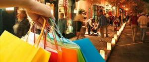 Shopping Natale, per Coldiretti si spenderanno 541 euro a famiglia: in aumento gli acquisti online