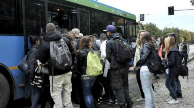 consiglio comunale, pendolari, salemi, studenti, Trapani, Cronaca