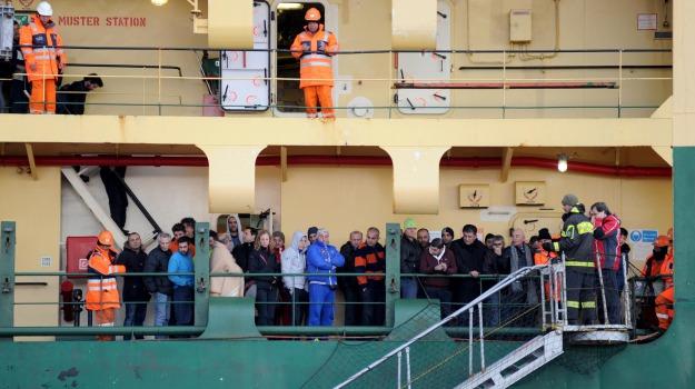 4 indagati, la tragedia, traghetto Norman Atlantic, Sicilia, Cronaca