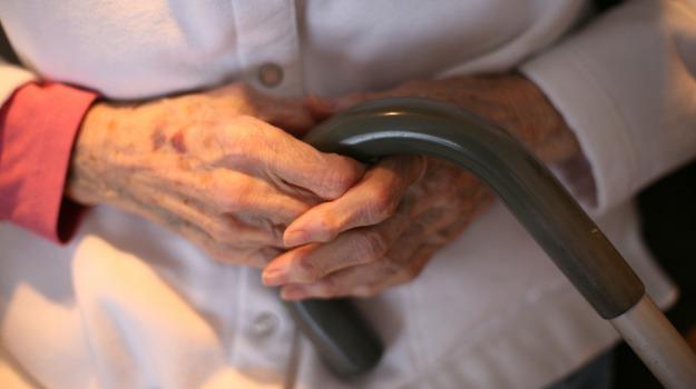 anziani, geriatri, Sicilia, Società