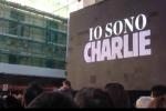 Attentato alla redazione di Charlie Hebdo: tutti in piazza a Catania in memoria delle vittime di Parigi - Video