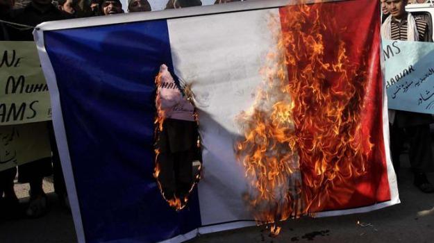 Charlie Hebdo, proteste, vignette, Sicilia, Mondo