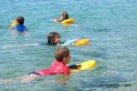 Nuoto, meglio imparare da piccoli: ideale un corso a partire dai 3 anni