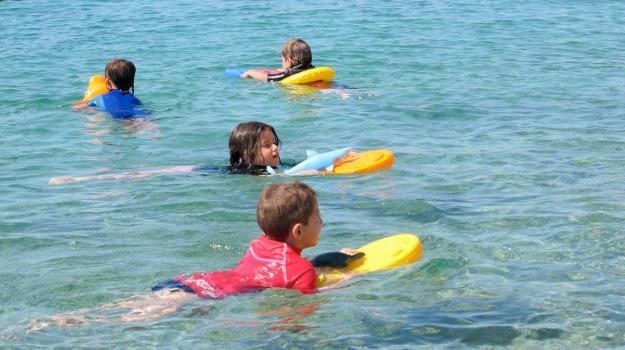 bambino, nuoto, Sicilia, Società