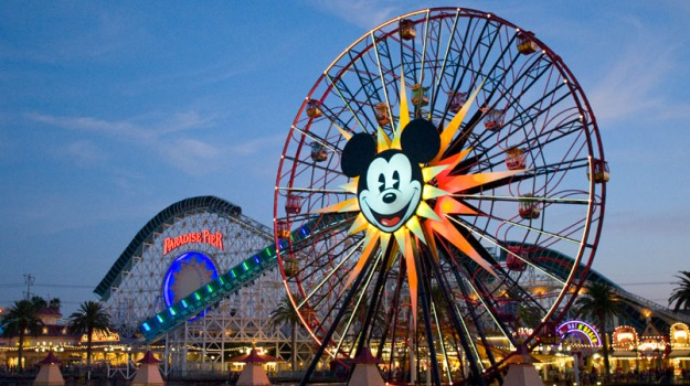 California, disney, morbillo, parco divertimento, Stati Uniti, Sicilia, Mondo