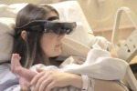 Donna cieca riesce a vedere il figlio dopo il parto: ecco come - Video