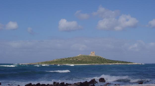 isola delle femmine, ragazzina rischia di annegare isola, Palermo, Cronaca