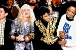 """Compie 30 anni """"We are the world"""" di Michael Jackson e Lionel Richie - Video"""