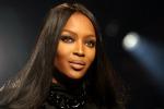 Paparazzo ritira la querela a Naomi Campbell: fu aggredito a Lipari