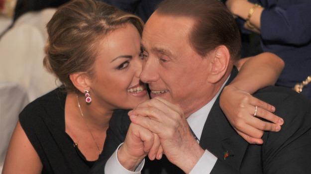 centro destra, forza italia, leader, partito, Francesca Pascale, Marina Berlusconi, Silvio Berlusconi, Sicilia, Politica
