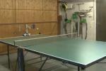 Partita di ping pong tra un uomo e un... robot: il video fa il giro del web