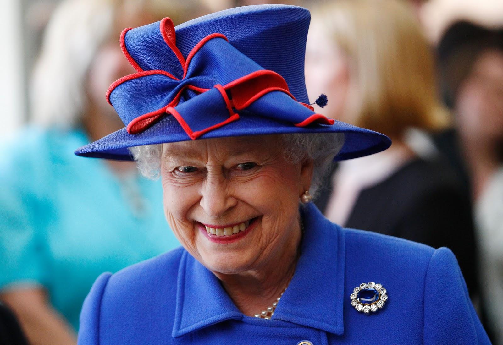 La regina elisabetta compra una casa da 7 milioni a new for La regina anne casa
