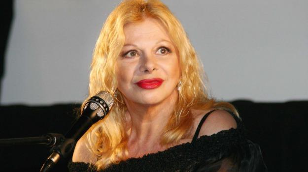 Fabio Fazio, Federico Fellini, Sandra Milo, Sicilia, Società