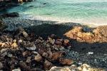 La scogliera «sfregiata» a San Vito, i geologi: non tornerà come prima