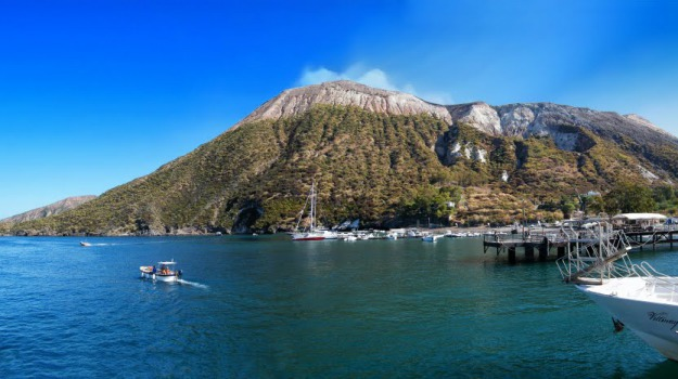 eolie, turismo, vulcano, Messina, Cronaca