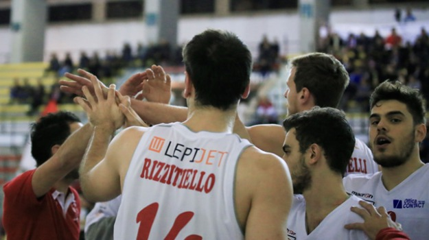 basket, campionato, classifica, Palermo, Sport