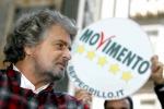 """Norma """"salva Berlusconi"""", l'ira del M5s: """"Renzi burattino di Silvio"""""""