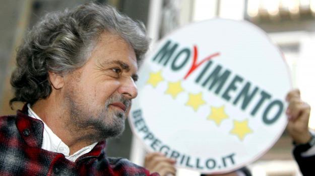 decreto, fisco, riforma, Beppe Grillo, Matteo Renzi, Silvio Berlusconi, Sicilia, Politica