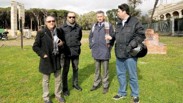 ambiente, boschetto, playa, Catania, Politica
