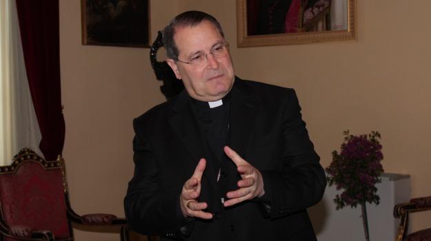 curia, DIMISSIONI, messina, vescovo, Messina, Cronaca