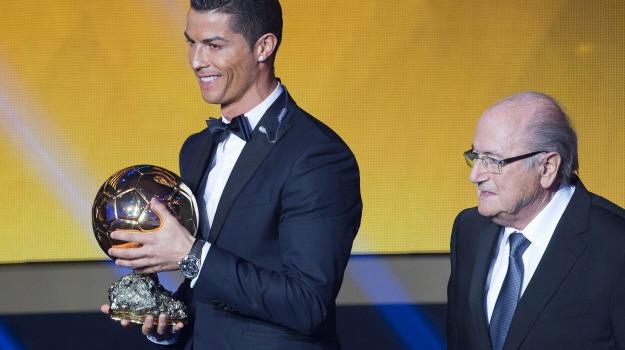 Calcio, pallone d'oro, premio, Cristiano Ronaldo, Lionel Messi, Manuel Neuer, Sicilia, Sport