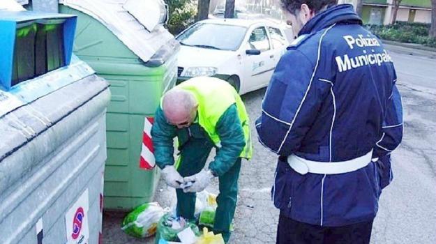 centro rifiuti, Piazza Armerina, Enna, Economia