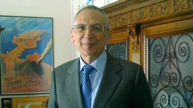 Ettore Leotta, Sicilia, Archivio